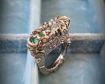artisan fine silver medieval style vintage look keyhole statement ring