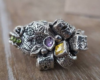 fine silver beribboned skull and sparkle Mardi Gras ring