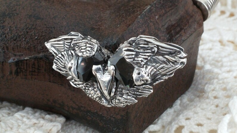 Fierce ancient Raven magnetic brooch image 0