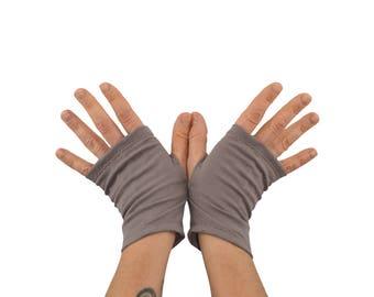 Arm Warmers in Reverie Pewter - Organic Cotton - Grey Beige - Shortie Fingerless Gloves