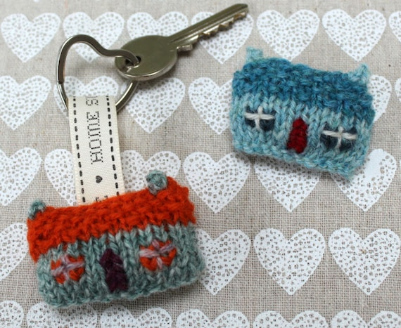 Home Sweet Home Wee House Brooch and Key Ring Knitting Pattern | Etsy