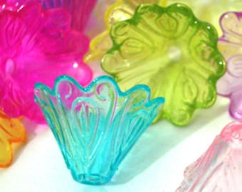10 Pieces 15mm x 10mm Vintage Ruffled Tulip Lucite Flower Beads Plastic Beads Acrylic Flower Beads