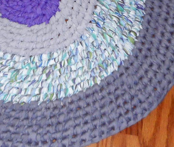 Oval Rag Rug Lilac Recycled Toothbrush Amish Knot