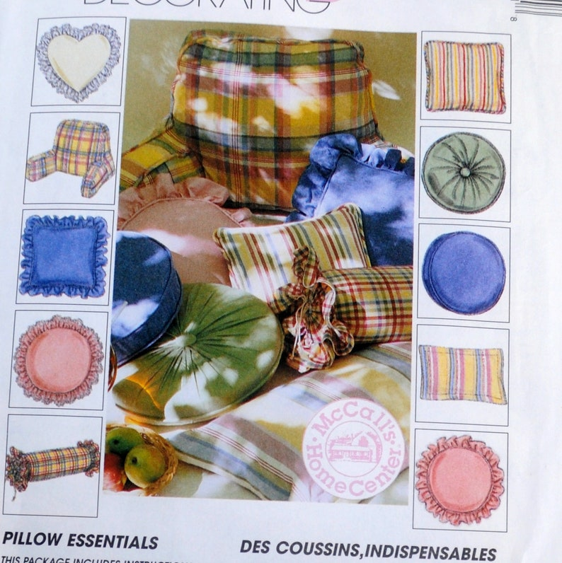 McCall's 8081 / 780  Easy Sew Pillows Throw Pillows Bed image 0