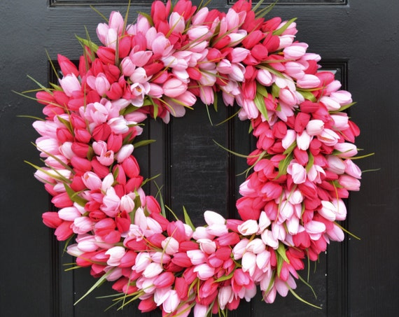 THIN Spring Tulip Wreath, Front Door Wreath, Storm Door Wreath, Spring Wreath, Silk Flower Wreath, Tulip Wreaths, Sizes 16-24 inch available