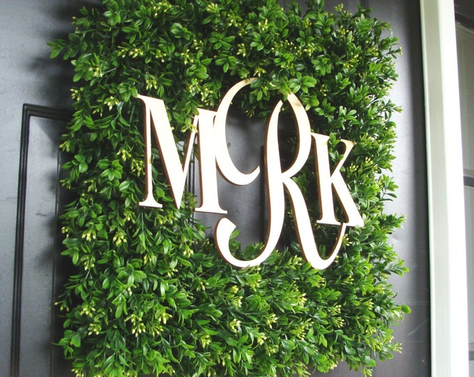Square Monogram Boxwood Wreath, Boxwood Monogram Wreath, Outdoor Spring Wreath, Housewarming Gift, Wedding Wreath 22 INCH shown