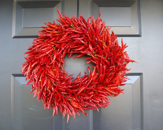 Organic Red Chili Pepper Wreath, Christmas Gift, Christmas Decor, Southwest Decor, Herb Centerpiece Kitchen Decor 14-24 inch sizes available