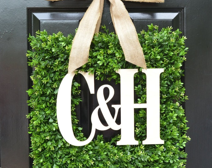 Custom Monogram Square Boxwood Wreath, Fall Boxwood Monogram Wreaths, Outdoor Door Wreath, Housewarming Gift, Wedding Wreath 20 INCH shown