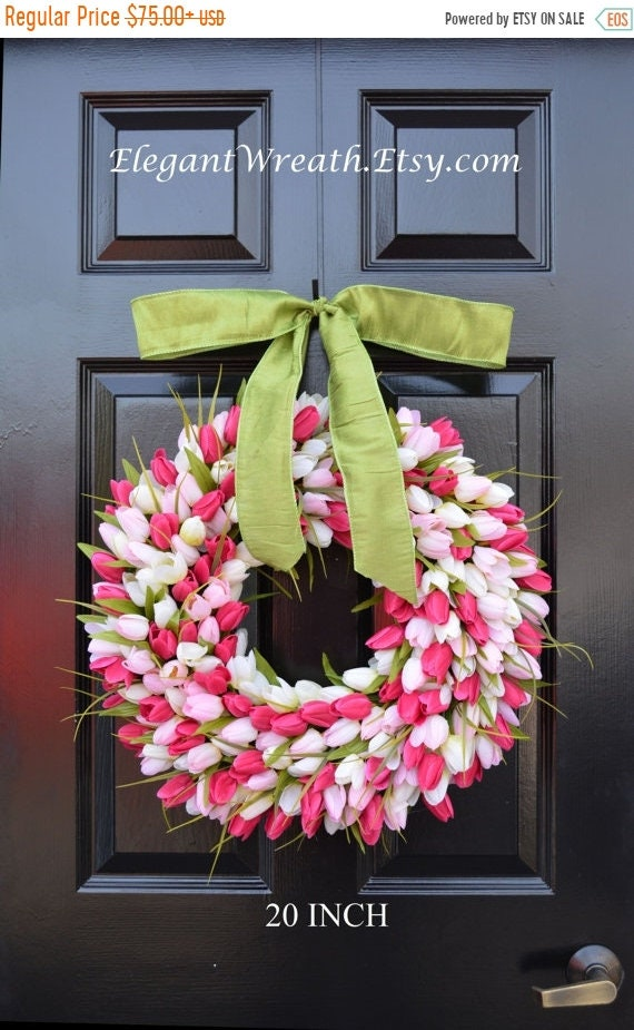 SUMMER WREATH SALE Tulips Spring Wreath- Spring Decor- Gift for Her- Mothers Day Gift- Easter Wreath- Outdoor Wreath- Burlap Wreath