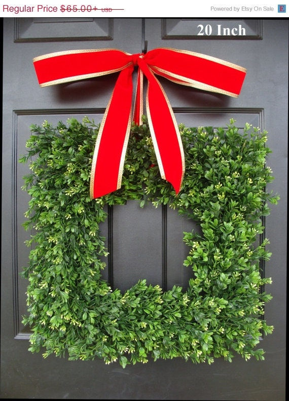 Square Artificial Boxwood Holiday Wreath Christmas Wreath- Christmas Decor- Christmas Decoration- Evergreen Alternative, 14-24""