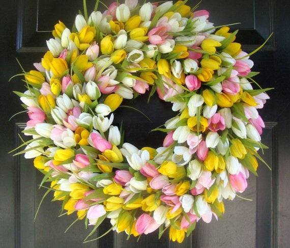 22 inch Tulip Wreath- Spring Wreath- Girls Room Decor- Mantle Decor- Wall Decor- Wedding Wreath FREE SHIPPING