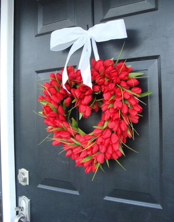 Tulip Heart Wreath, Valentines Day Wreath, Wedding Wreath, Valentine Wreath, Valentines Decor, Valentines Day Gift