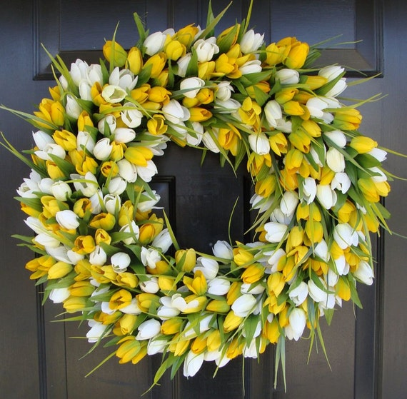 Spring Wreath- Tulip Spring Wreath- Summer Wreath- Spring Sunshine- Spring Yellow Tulips Decoration- Easter Wreath Spring Outdoor