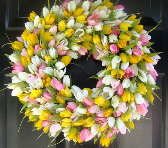 Spring Wreath- Mother's Day Wreath- Spring Decor Decoration- Custom Outdoor Tulip Wreath- Spring Wreath for Door The ORIGINAL TULIP Wreath