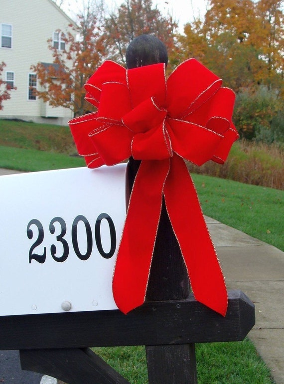 Handmade Outdoor Weatherproof Velvet, Satin Christmas Bow, Mailbox Decor, Christmas Decoration, Wired XL Christmas Bows, Outdoor Ribbon