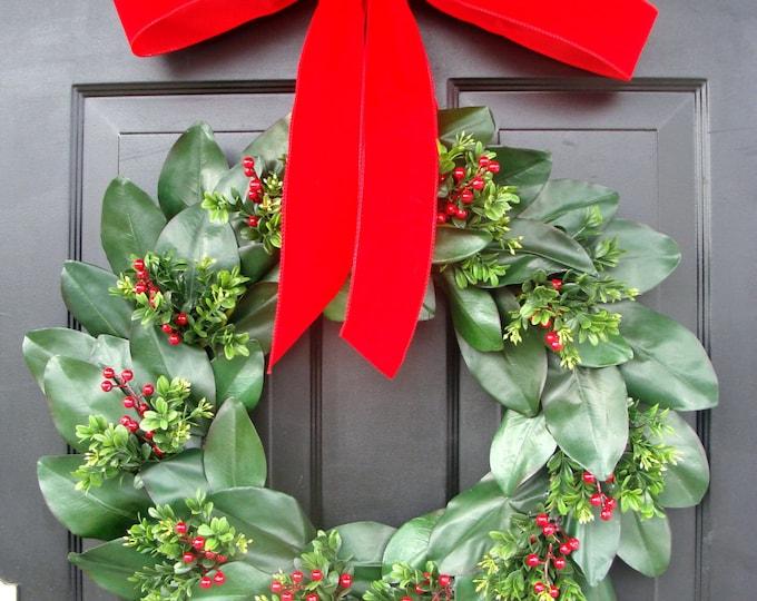 Magnolia Wreath, Magnolia Christmas Wreath, Winter Door Wreath, Christmas Decor, Magnolia Wreath, Gift for Her