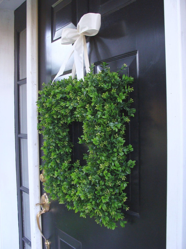 Wall Decor  22 INCH Spring Wreath Summer Decor Wall Hanging Burlap Boxwood Wreath Wedding Decor Outdoor Wedding Wreath