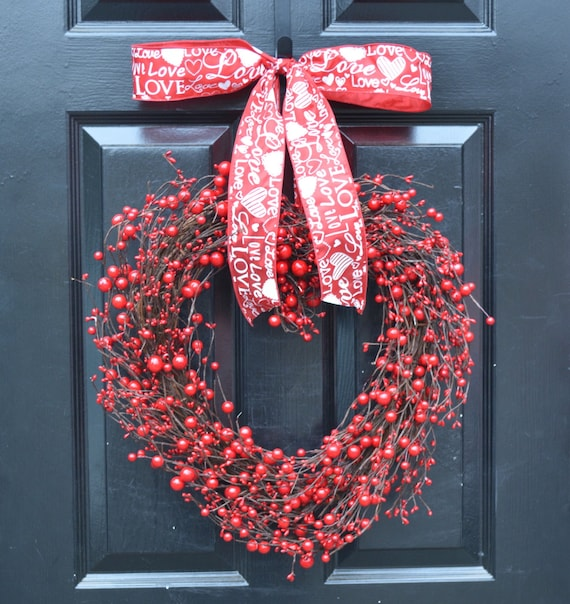 Heart Shaped Wreath- Valentine's Day Wreaths- Heart Decor Decorations- Valentines Day- I love you- Valentines Gift- Wedding Day