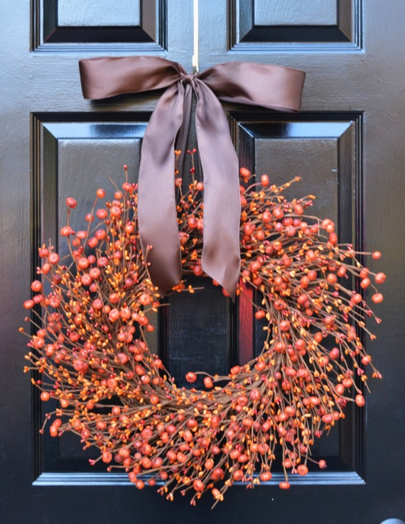 Autumn Wreath- Pumpkin Door Wreath- Halloween Wreath- Fall Decor- Thanksgiving Decoration- Berry Wreath- Pumpkin Berry Wreath- Autumn Decor