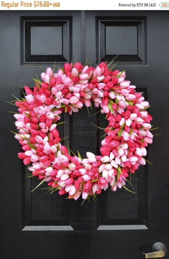 SUMMER WREATH SALE Thin Spring Tulip Wreath, Front Door Wreath, Storm Door Wreath, Spring Wreath, Silk Flower Wreath, Tulip Wreaths, Sizes 1
