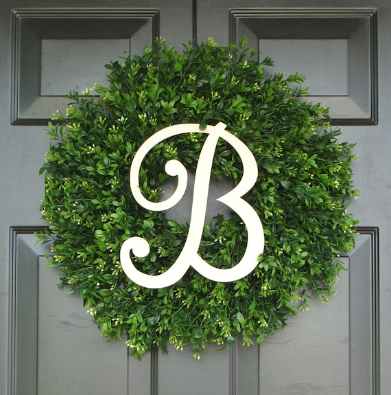 Monogram Boxwood Wreath, Monogram Wreath, Outdoor Decor, Fall Wreath, Etsy Wreath, THIN WREATH for Storm Door, 20 INCH Shown