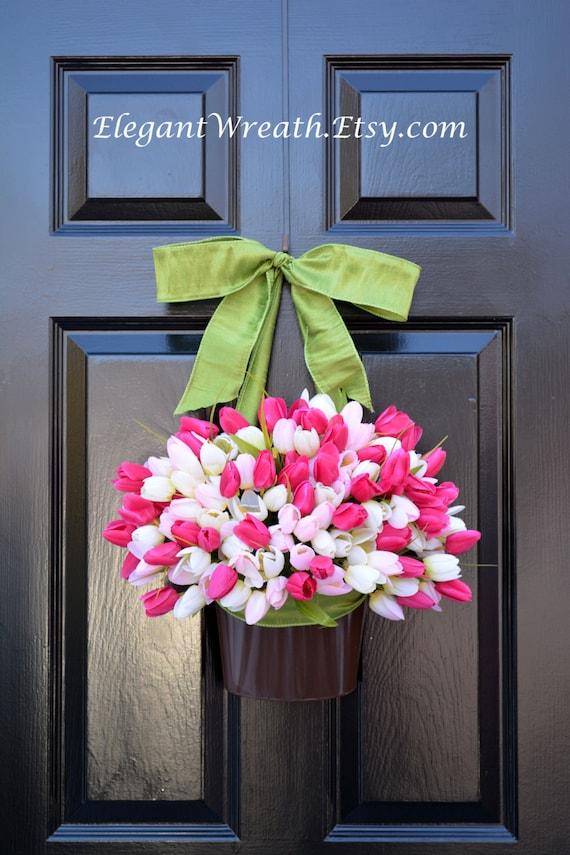 Spring Mother's Day Wreath, Tulip Door Bucket  Spring Wreath, Tulip Wreath Gift for Mom Wreath for Spring Custom Size