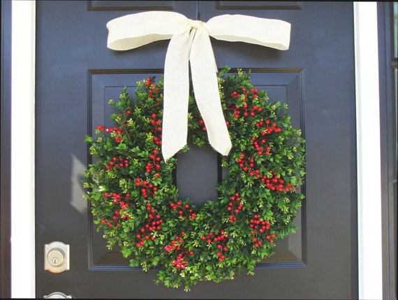 Weatherproof Boxwood Red Berries Christmas Wreath-Holiday Wreaths-Winter Wreath-Holiday Storm Door Wreath Outdoor Christmas Decor-14-24 inch