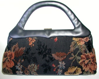 61bdb840352e Beautiful Black Floral Tapestry Sculptural Handle Vintage Handbag