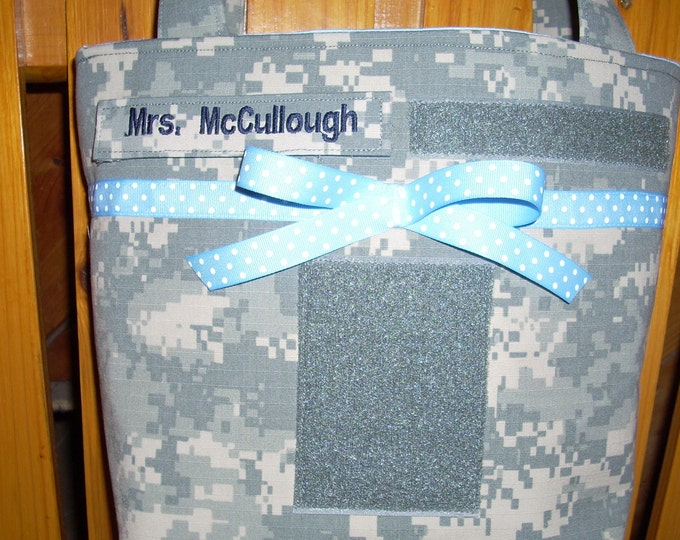 Army Mom Army wife handbag your choice of words or names on bag Made to Order