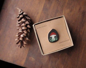 toadstool woodland brooch (the miniaturist) nature-inspired pin