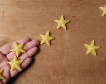 pocketful of stars/ beeswax stars for stargazers (set of 20) / waldorf nature table / rustic wedding table / wedding favors