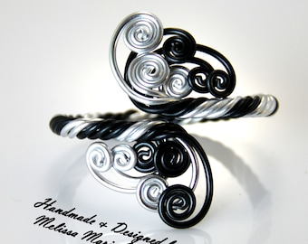 Twisted Spirals Bracelet
