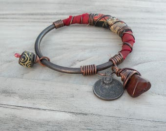 Silk Road Bangle - Boho Copper Bangle, Handmade, Rusty Red and Black, Silk Wrapped, Charm Bangle, Eco Friendly with Agate
