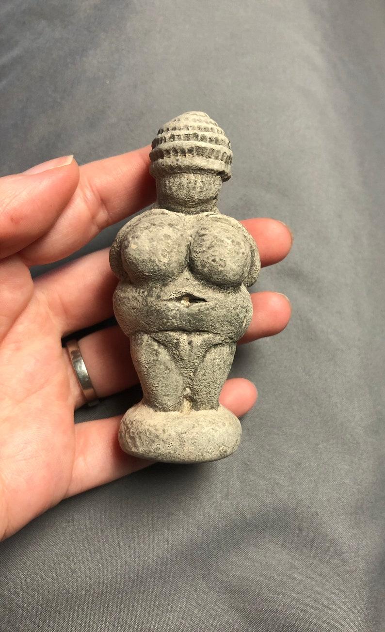 Venus of Willendorf Altar Figure goddess sculpture ceremony image 0