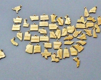 Small Gold State Charms with Jump Ring, 50 States, Personalized Gifts, Going Away Gift, Graduation Gift, State Jewelry