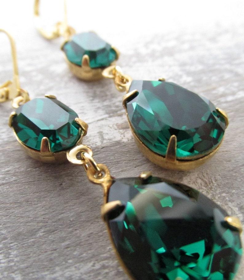05baec082 Emerald Green Swarovski Crystal Earrings Green Teardrop | Etsy