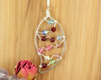 Grandma Birthstone Pendant ~Grandmother Birthstone Leaf Pendant ~Nature Inspired Swarovski Necklace ~Birthstone Pendant Wire Wrapped Jewelry
