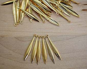 Gold Spear Stamping Charm Dangle Drop Made in the USA (12) KP14