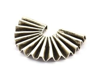 Paper Rosette Pendant 40x26x4.5x0.6mm 1 Antique Silver Plated Brass Paper Rosette Shaped Semi Circle Pendant With 2 Holes U085 H366