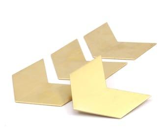 8 Raw Brass Chevron Blanks  (40x25x0.80mm) A0906--N618