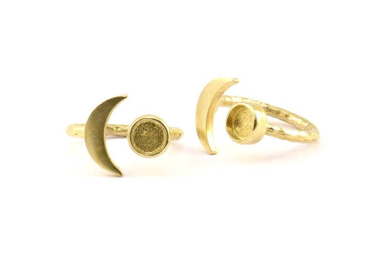 Pad Size 6.2mm BS 1964 10 Raw Brass Moon And Planet Ring With 1 Stone Setting Brass Ring Settings