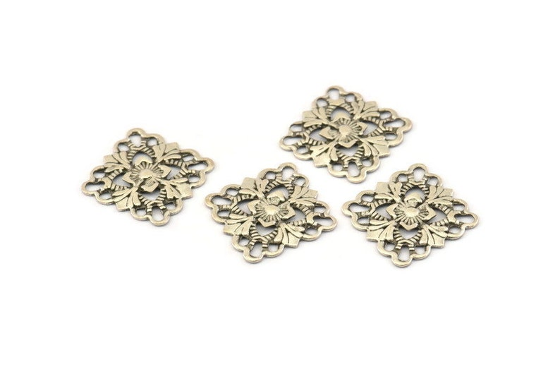Silver Square Charm Findings 15mm Brs 414 A0273 20 Antique Silver Plated Brass Square Filigree Charms