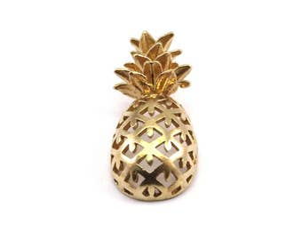 Brass Pineapple Pendant - 3 Raw Brass Pineapple Pendants (30x13.4x6.3mm) N250
