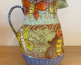 Toothy butterfly pitcher