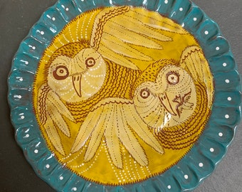 Owl Plate, sgraffito carved, birds in art, plate display
