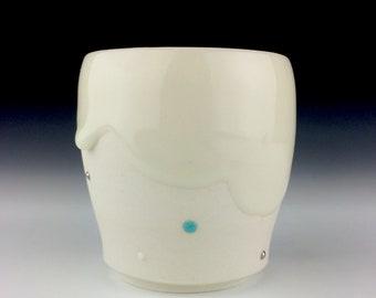 Large cloud cup