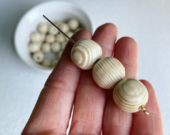 Chunky Beads Lightweight Beads Mint Beads Fast Shipping from USA Round Wood Beads Large Beads 15mm