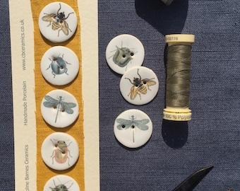 Set of 5 porcelain bug buttons 3cm in diameter
