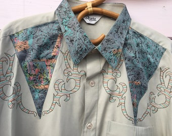 138da2acca70cd 1980 s 1990 s vintage Men s stand out long sleeve shirt stone grey with  rainbow applique shoulder embellishment loose cut UK Size Large Mens
