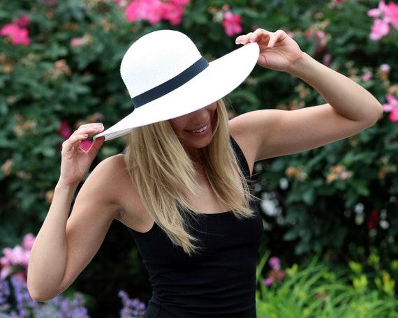 17513e8090fd6 Wide Brimmed Straw Hat White Sunhat SPF 50 Sunblock Floppy
